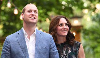 Kate Middleton und Prinz William sind heute das Traumpaar der britischen Royals - doch hinter der Herzogin von Cambridge und ihrem Mann liegen turbulente Zeiten. (Foto)