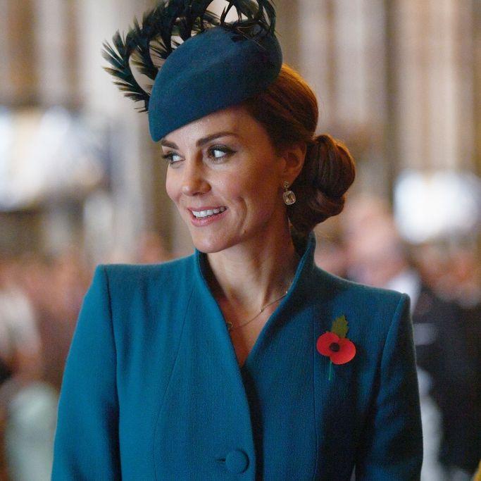Überraschender Helfer! ER greift Herzogin Kate unter die Arme (Foto)
