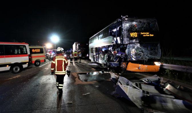 Flixbus-Crashs auf der Autobahn