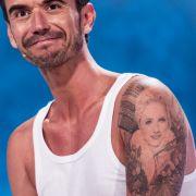 So stolz trägt Florian Silbereisen sein Helene-Fischer-Tattoo.
