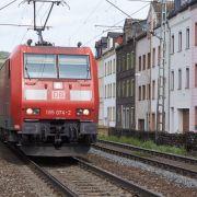 Polizist jagt Einbrecher - und wird von Zug überrollt (Foto)