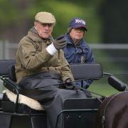 Auch mit 98 Jahren nimmt Prinz Philip die Zügel in die Hand und lenkt eigenhändig Pferdekutschen.