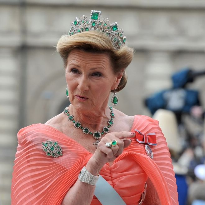 Royal-Fans in Sorge!Mette-Marit-Schwiegermuttersagt alle Termine ab (Foto)