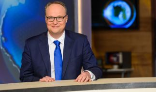 """Oliver Welke und das Team der """"heute-show"""" verabschieden sich vorerst in die Sommerpause. (Foto)"""