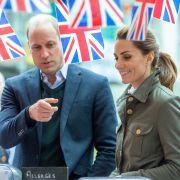 Für ihren diesjährigen Vatertagsgruß stehen Prinz William und Kate Middleton in der Kritik. (Foto)