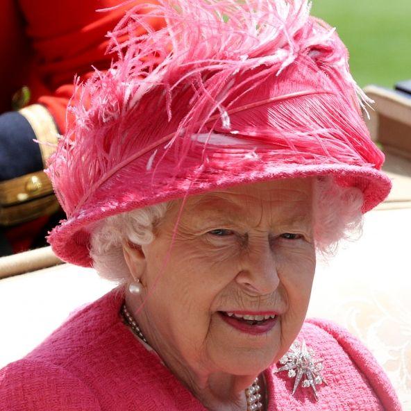 Nicht Herzogin Meghan!DIESE Palast-Plage lässt die Queen verzweifeln (Foto)