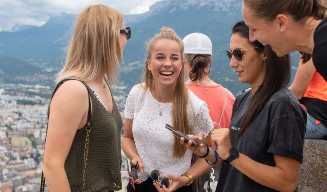 Giulia Gwinn (2.v.l.) war bereits als Teenager Spielerin der deutschen Nationalmannschaft - seit 2017 spielt sie in der DFB-Auswahl.