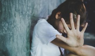 Ein elf Jahre altes Mädchen ist in München einem Vergewaltiger zum Opfer gefallen (Symbolbild). (Foto)