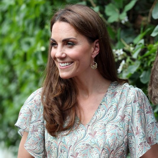 Elizabeth II. ist entsetzt! Herzogin Kate bricht die royalen Regeln (Foto)