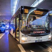 Messerattacke in Linienbus! Busfahrer in Lebensgefahr (Foto)