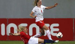 Die Schweizer Nationalspielerin Florijana Ismaili (r.) wird seit dem Wochenende vermisst. (Foto)