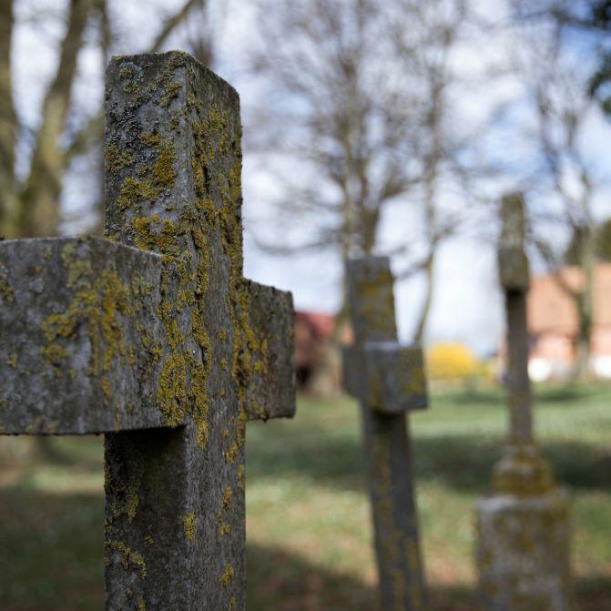17-Jähriger auf Friedhof vergewaltigt - Krankenhaus! (Foto)