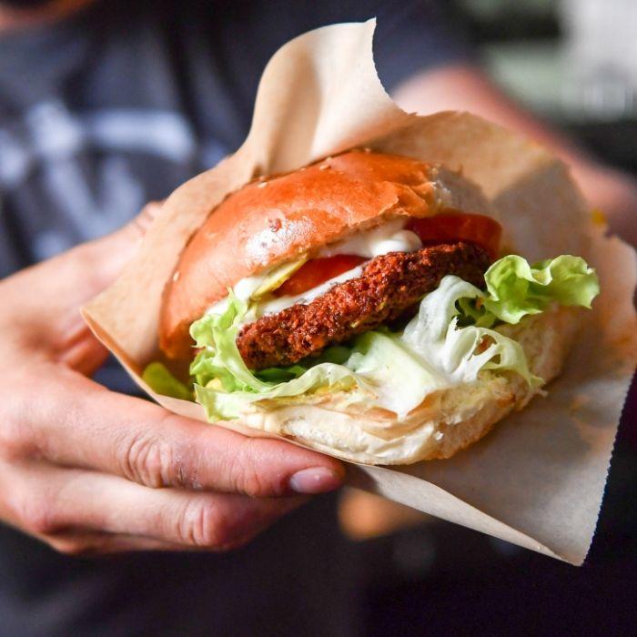 Schluss mit vegan! Fast-Food-Kette testet Gemüse aus Fleisch (Foto)