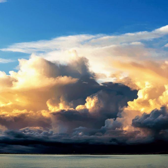 Gewitter, Starkregen und Sturm! HIER drohen am Wochenende heftige Unwetter (Foto)