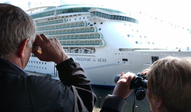 "Todesdrama auf Kreuzfahrtschiff ""Freedom of the Seas"""