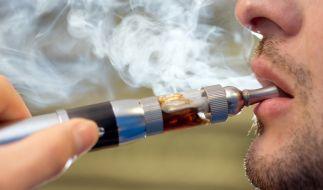 """E-Zigaretten sind wohl doch nicht so viel """"gesünder"""" als normale Zigaretten. (Foto)"""