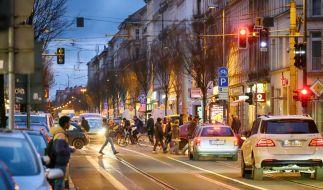 Im Brennpunktviertel Volkmarsdorf versuchten Anwohner und Aktivisten eine Abschiebung zu verhindern. (Symbolbild) (Foto)