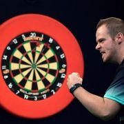 Alle Spiele plus Ergebnisse zum Dart-Spektakel in Blackpool (Foto)