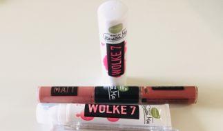 """Vanessa Mais neue """"Wolke 7""""-Make-up-Reihe beinhaltet eine Wimperntusche, ein Lippenöl, einen Lippenpflegestift, ein Highlighter-Palette sowie einen Duo-Lippenstift. (Foto)"""