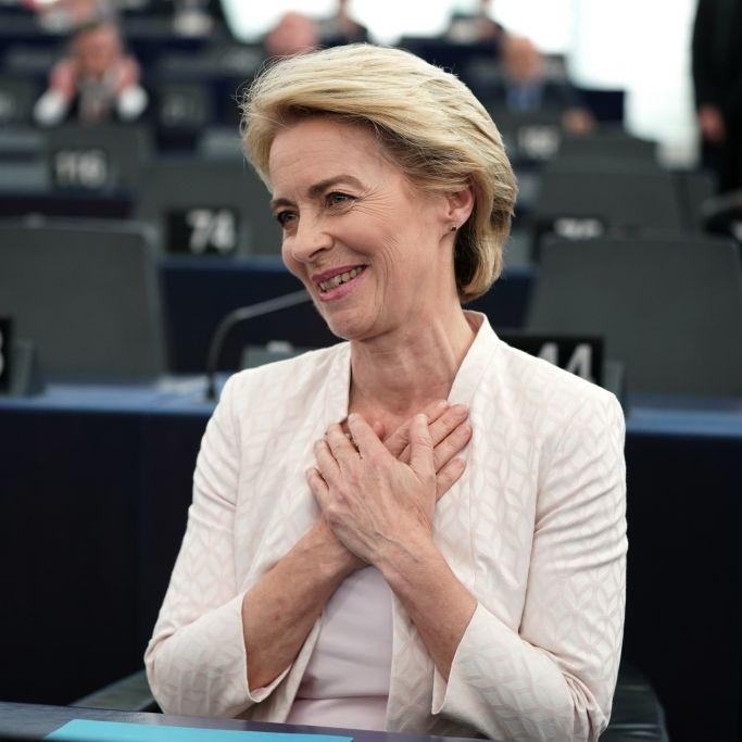 Ursula von der Leyen mit knapper Mehrheit als EU-Kommissionspräsidentin bestätigt (Foto)
