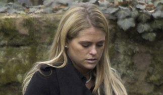 Schon 2006 setzte die Trauerfeier für ihren Onkel Prinzessin Madeleine sichtbar zu. (Foto)