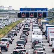 Autobahn-Chaos dank Rückreisewelle - HIER drohen Staus am Sonntag (Foto)