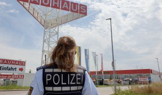 In Bruchsal (Baden-Württemberg) ist ein Kleinflugzeug abgestürzt, es werden mehrere Tote befürchtet. (Foto)