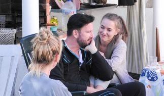 """Die Liebesgeschichte von Michael Wendler und seiner Freundin Laura blieb auch den Mitinsassen im """"Sommerhaus der Stars"""" nicht erspart. (Foto)"""