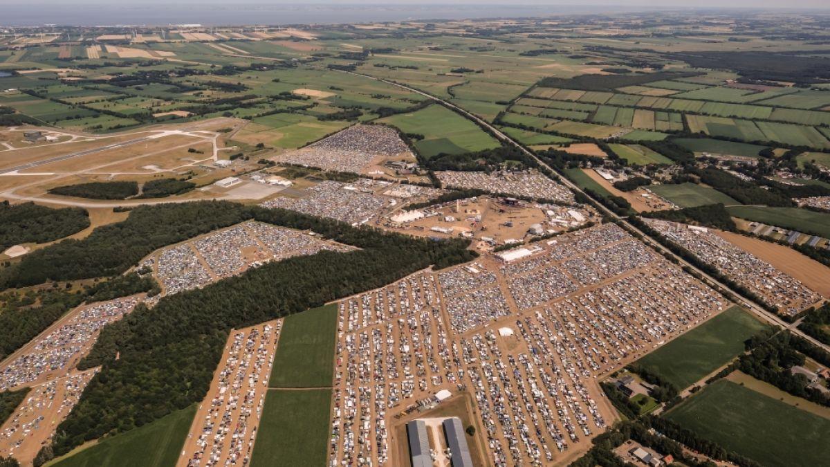 Deichbrand-Festival in Cuxhaven: Frau (26) tot in Festival-Zelt aufgefunden