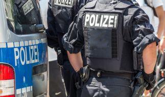 Das Ausmaß an Menschenfeindlichkeit zwang den Schulleiter die Polizei einzuschalten. (Symbolbild) (Foto)