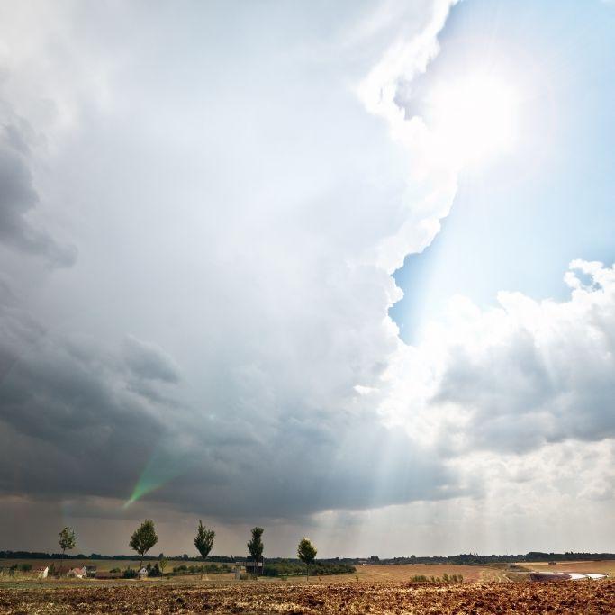 Alarmstufe ROT nach Hitze-Rekord! HIER drohen heute heftige Unwetter (Foto)