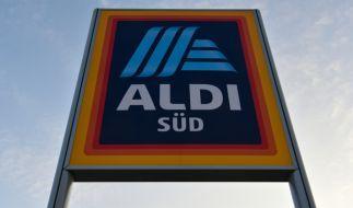 Bestimmte Märkte des Aldi-Konzern müssen Röstzwiebeln zurückrufen. (Foto)
