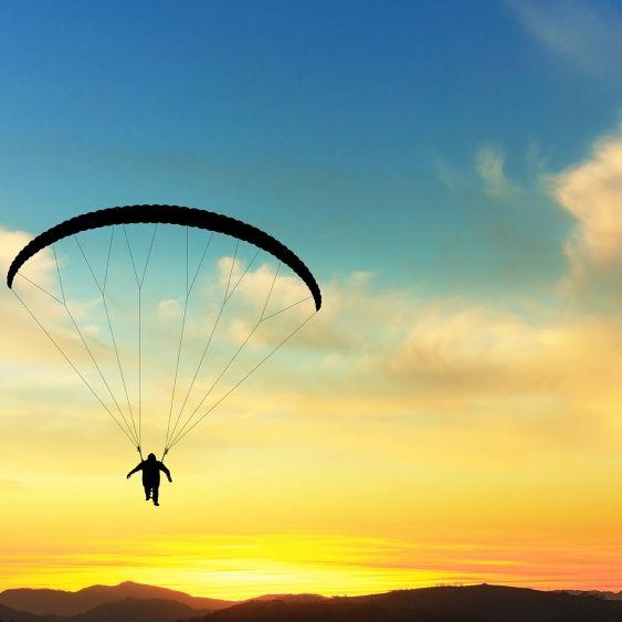 Fans in Trauer! YouTube-Star (38) beim Paragliding gestorben (Foto)