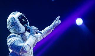 Im Astronauten-Kostüm steckte Sänger Max Mutzke. (Foto)