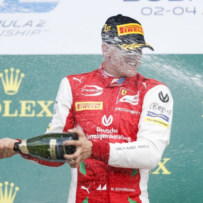 Übertrifft ER bald Schumi? Premierensieg in der Formel 2! (Foto)