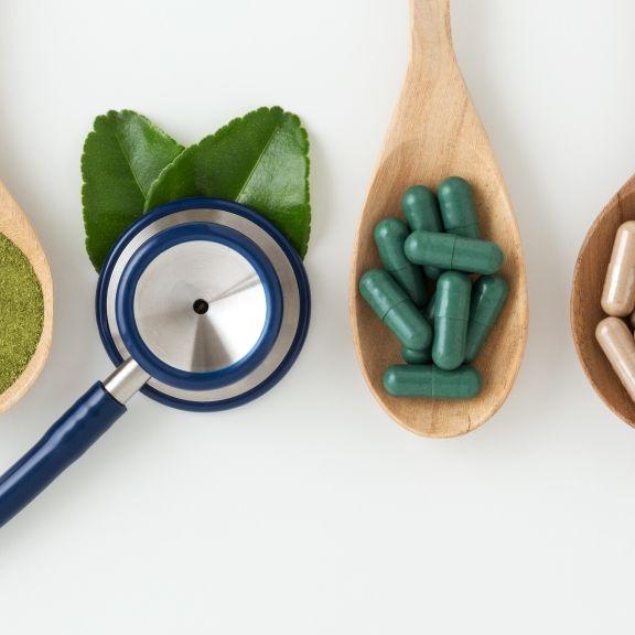 DIESE 5 Hausmittel helfen gegen Alltagsbeschwerden (Foto)