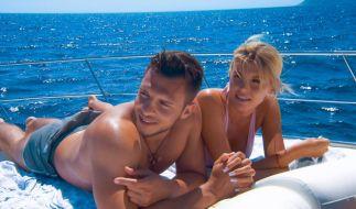 """Zwischen """"Bachelorette"""" Gerda Lewis und Polizist Tim (25) knistert es beim Einzeldate auf hoher See. (Foto)"""