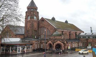 Am Hauptbahnhof Gießen wurde eine Frau von einem Zug überfahren. (Foto)
