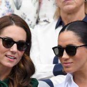 Die modischen Fauxpas, die Meghan und Kate gerne vergessen würden.