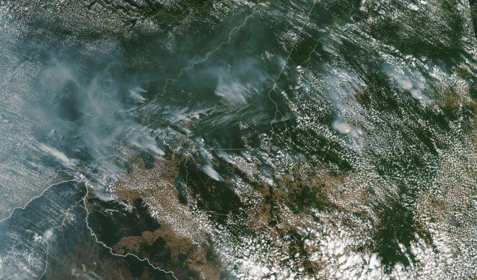 Satelliten-Aufnahmen zeigen die Waldbrände im Amazonas. (Foto)
