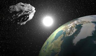 In dieser Woche rasen gleich drei Asteroiden sehr nah an der Erde vorbei. (Foto)