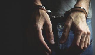 Zwei Minderjährige Jungs vergewaltigten und ermordeten ein Mädchen (6). (Foto)
