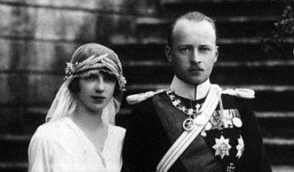 Mafalda von Savoyen und Philipp Prinz von Hessen an ihrer Hochzeit am 23. September 1925 in Racconigi (Foto)