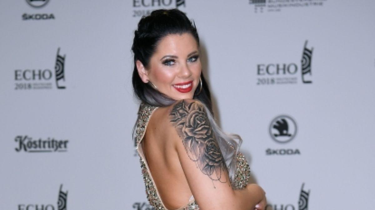 Nackt titten jenny frankhauser Emmy Russ