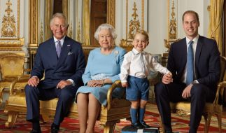 Vier Generationen auf einem Bild: Prinz Charles, Queen Elizabeth II., Prinz George und Prinz William. (Foto)
