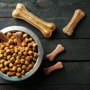 Vorsicht! DIESE Hunde-Snacks von Netto und Edeka sollten Sie nicht kaufen (Foto)