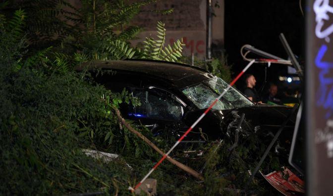 SUV-Unfall in Berlin-Mitte im News-Ticker
