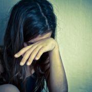 Widerlich! Teenager vergewaltigt Nachbarsmädchen (7) (Foto)
