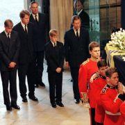 Nach 22 Jahren offenbart! DAS wurde bei der Lady-Di-Beerdigung verschwiegen (Foto)
