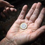 Gewaltige Rentenlücke bei Frauen - 25.000 Euro weniger als Männer! (Foto)